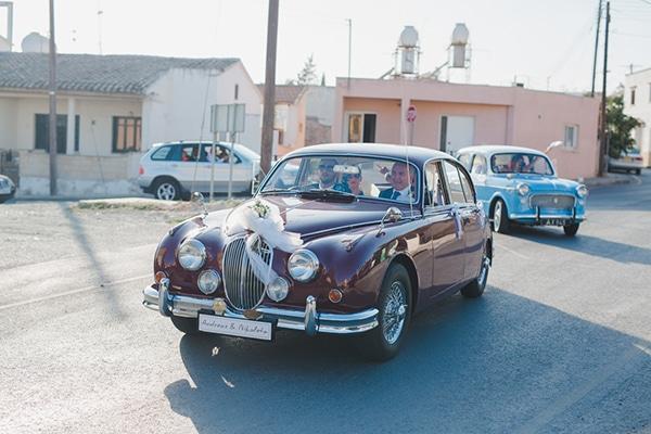 Vintage αυτοκινητο για γαμο
