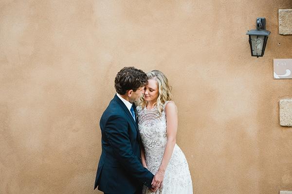 Όμορφος γάμος με λευκές και μωβ αποχρώσεις | Βαλέρια & Στράτος