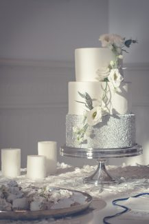 Elegant τουρτα γαμου