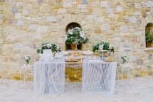 Ρομαντικος και elegant στολισμος εκκλησιας