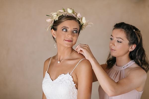 Κορδελα με ανθη για τα μαλλια νυφης