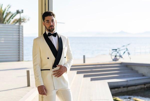 Λευκο κοστουμι γαμπρου Sartor