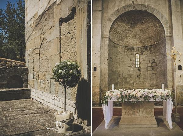 Ρομαντικος στολισμος εκκλησιας