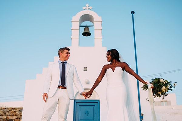 Destination γαμος στη Μυκονο σε λευκες και πρασινες αποχρωσεις