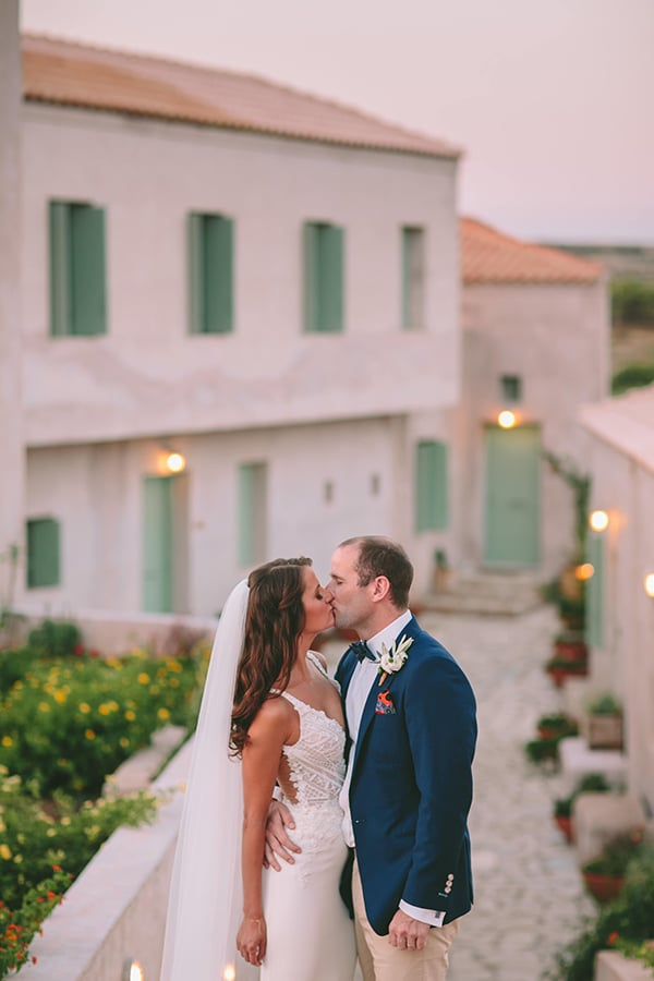 beautiful-rustic-wedding-kythira_06