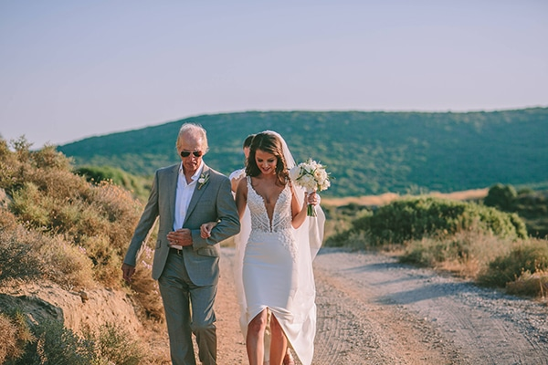 beautiful-rustic-wedding-kythira_14x