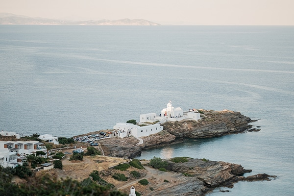 beautiful-summer-wedding-sifnos_12