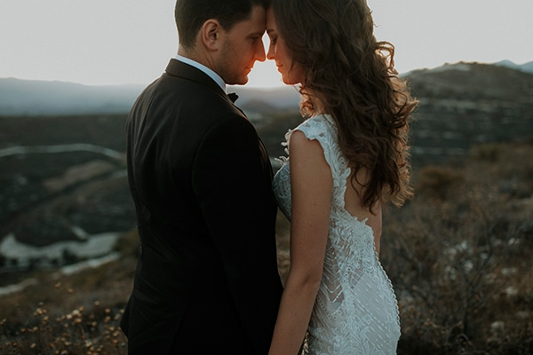 Όμορφος γάμος με λευκές και πράσινες αποχρώσεις στην Κύπρο