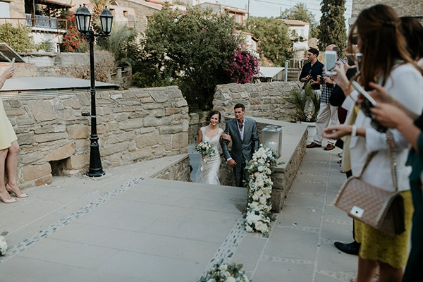 beautiful-white-green-hues-wedding-cyprus_19