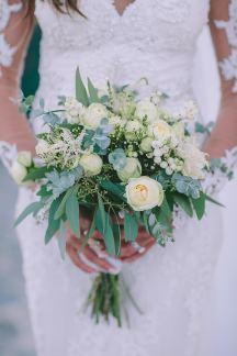 Ρομαντικη ανθοδεσμη νυφης