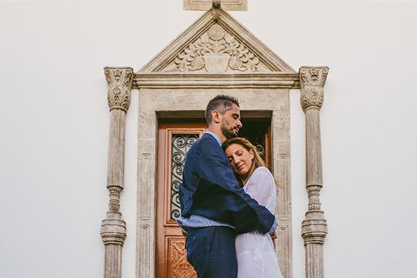 Καλοκαιρινός γάμος σε κίτρινες και λευκές αποχρώσεις | Βάσω & Γιώργος