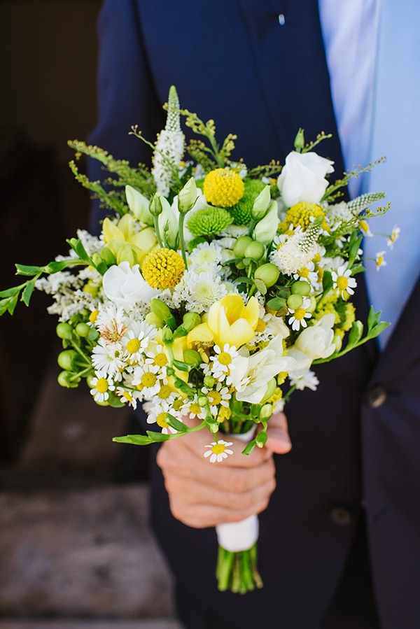summer-wedding-yellow-white-hues_13
