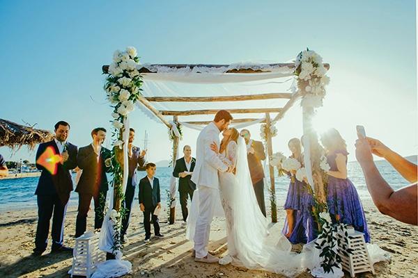 why-have-beach-wedding_01