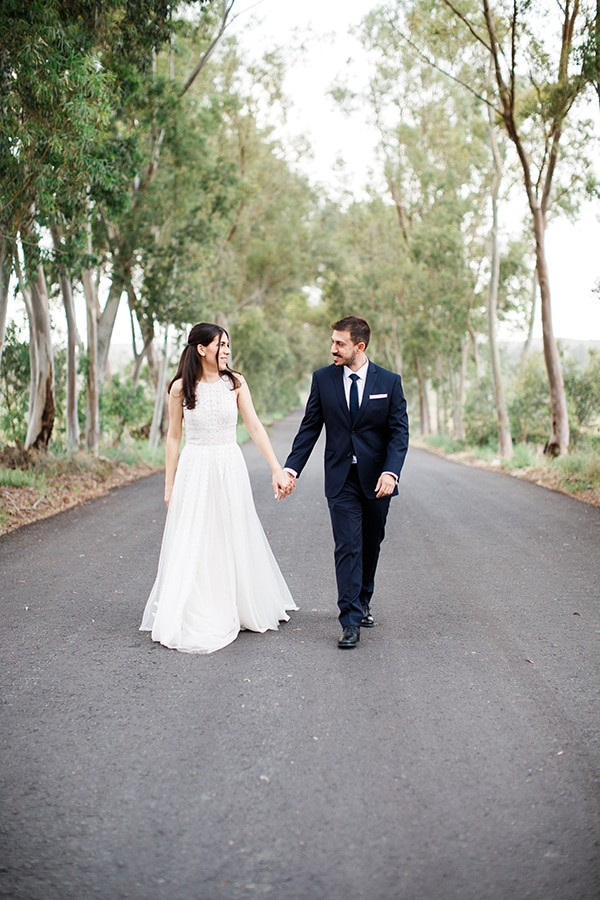 beautiful-wedding-greenery-white-flowers_01
