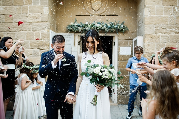 beautiful-wedding-greenery-white-flowers_21
