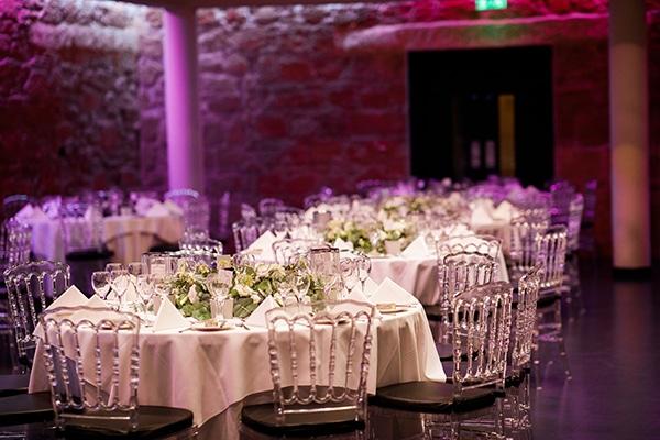 beautiful-wedding-greenery-white-flowers_23