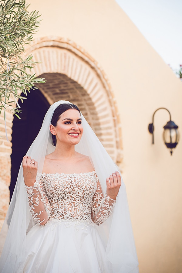 Πεπλο για νυφη