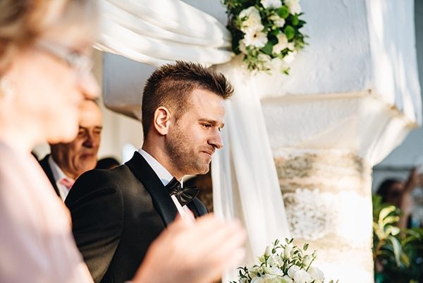 minimal-chic-mountain-wedding-portaria_16