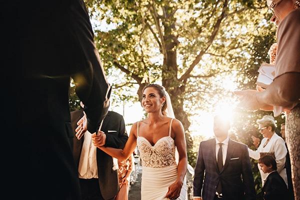 minimal-chic-mountain-wedding-portaria_18