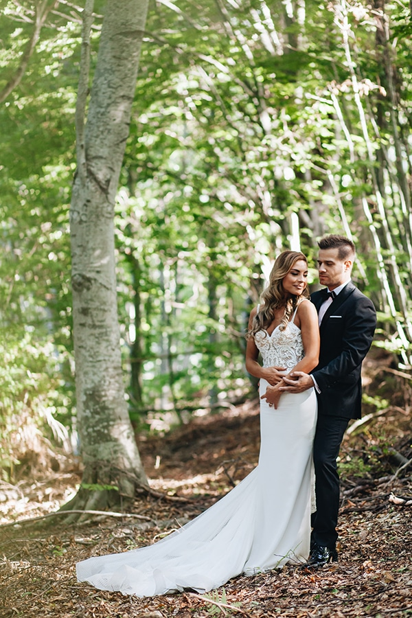 minimal-chic-mountain-wedding-portaria_25