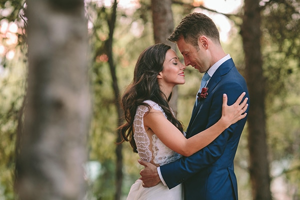 Romantic outdoor wedding in Athens
