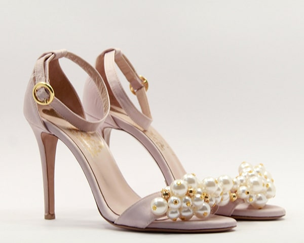 romantic-shoes-dreamy-appearance-once-upon-a-shoe_02