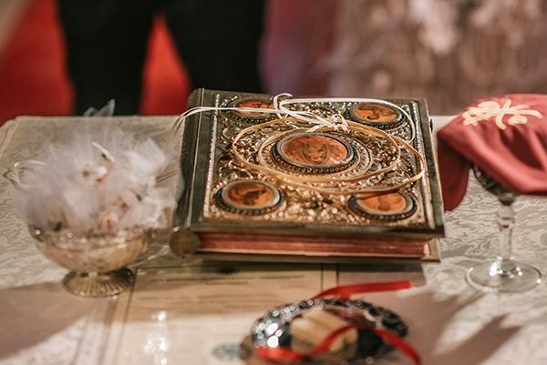 romantic-white-gold-hues-wedding_12