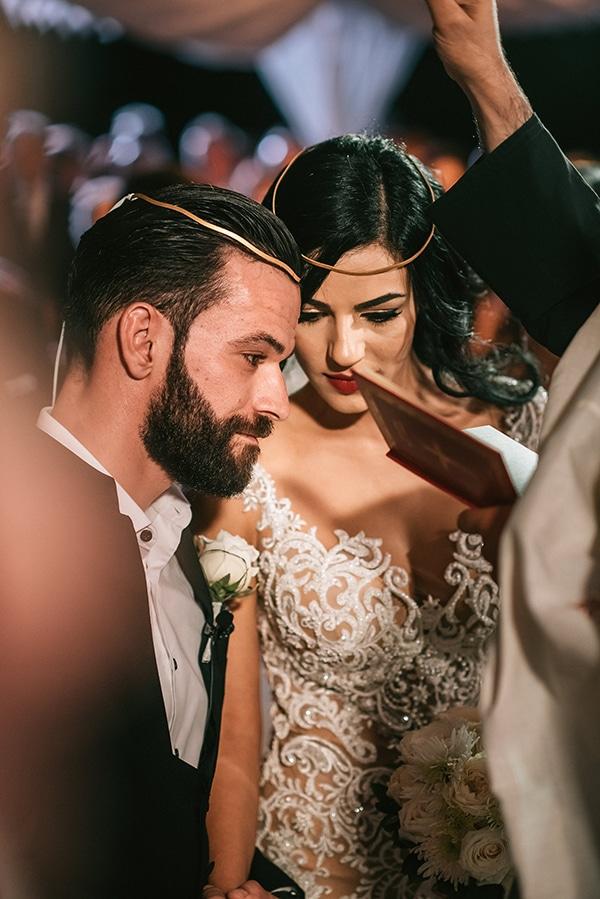 romantic-white-gold-hues-wedding_13x