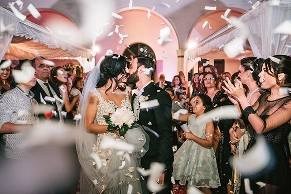 romantic-white-gold-hues-wedding_15