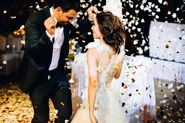timeless-elegant-hotel-wedding-_35