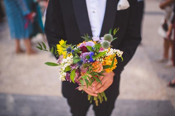 Beautiful bouquets for a summer wedding