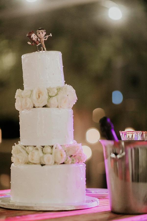 Γαμήλια λευκή τούρτα