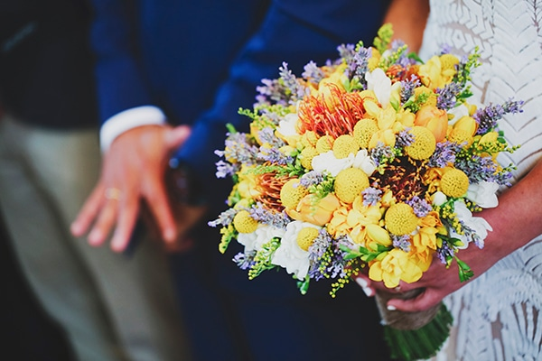 bridal-bouquets-we-fall-love-with_02.