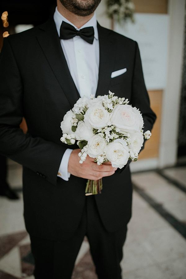 Λευκο νυφικο μπουκετο