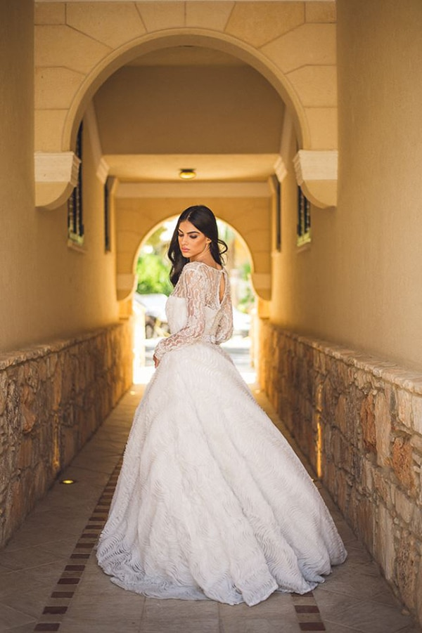our-favorite-wedding-dresses-with-long-sleeves_04