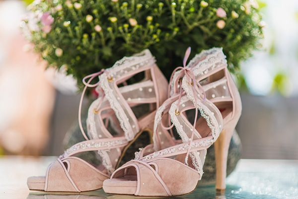 Pink bridal shoes we love
