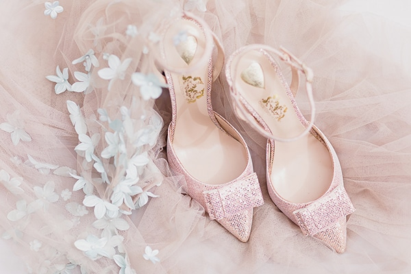pink-bridal-shoes-we-love_01