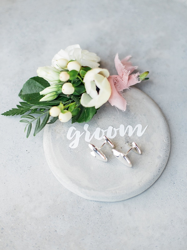 stylish-boutonnieres-with-real-flowers_04