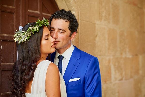Όμορφος γάμος με ελληνικά στοιχεία στη Ρόδο