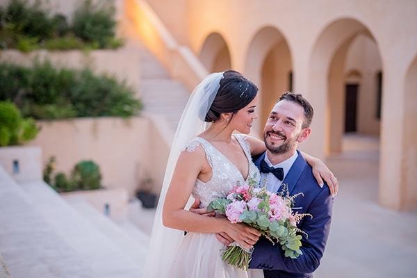Παραμυθένιος καλοκαιρινός γάμος με παστέλ αποχρώσεις | Φαίη & Κώστας