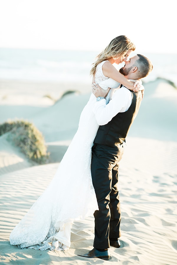 romantic-cyprus-wedding-pastel-hues_04
