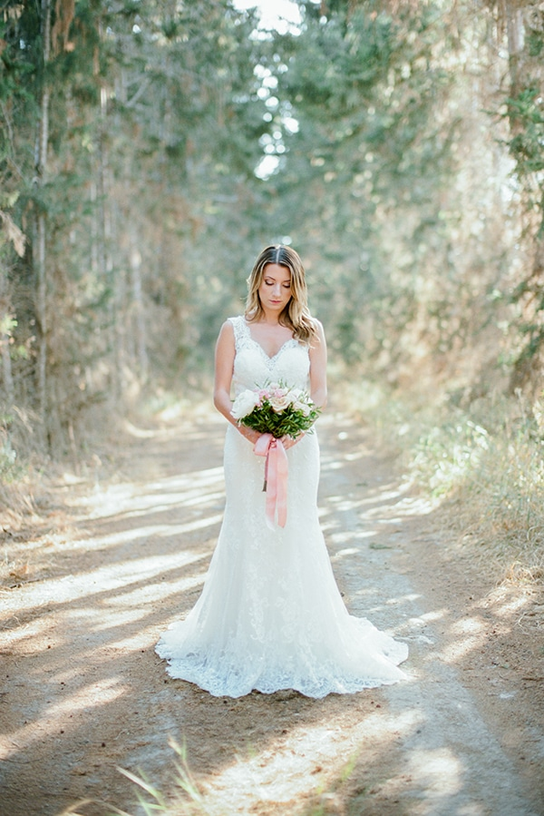 romantic-cyprus-wedding-pastel-hues_22