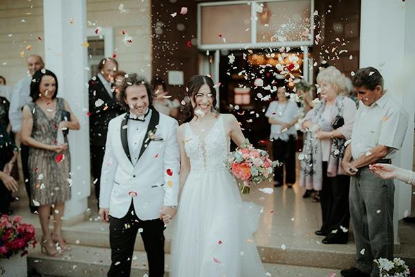 spring-chic-wedding-vivid-color-tones_26