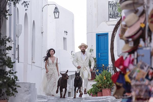 Τροπικός πολύχωμος γάμος στην Πάρο | Λώρα & Δήμος