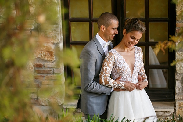 beautiful-rustic-wedding-olive-branches_01