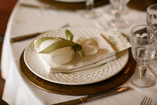 beautiful-rustic-wedding-olive-branches_21