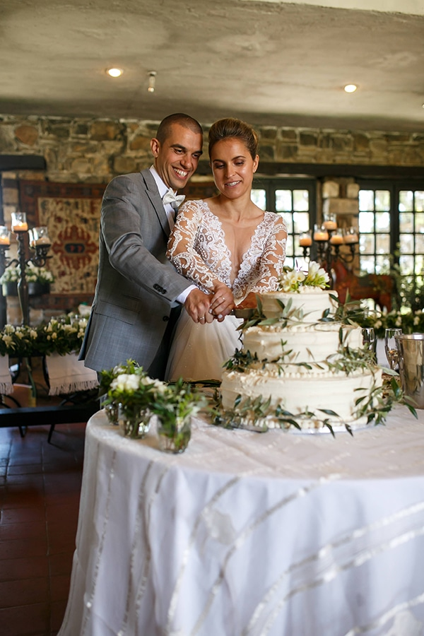 beautiful-rustic-wedding-olive-branches_23