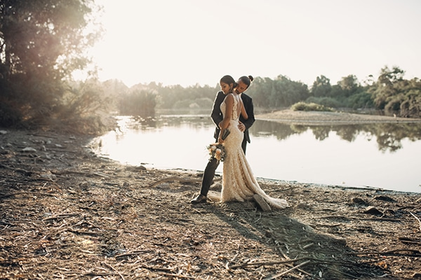 civil-rustic-wedding-cyprus_01x