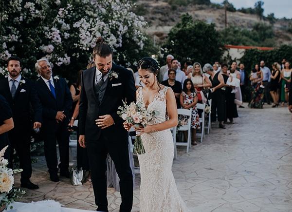 civil-rustic-wedding-cyprus_11