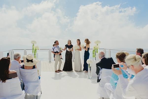 intimate-wedding-minimal-details-santorini_12